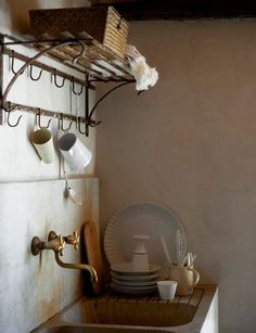 ~brass tap, dish rack with hooks~