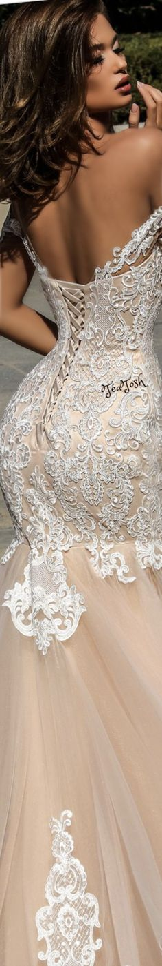 19 Super Ideas For Wedding Dresses Corset Lace Sophisticated Bride Wedding Corset, Lace Mermaid Wedding Dress, One Shoulder Wedding Dress, Lace Dress, Stunning Wedding Dresses, Best Wedding Dresses, Wedding Gowns, Accessorize Fashion, Sophisticated Bride