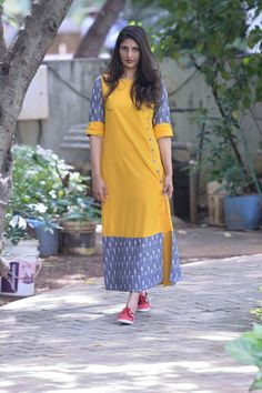Different types of kurtis designs (Trending) - Crazzy Crafts Churidar Designs, Kurta Designs Women, Blouse Designs, Kurta Patterns, Dress Patterns, Kurtha Designs, Casual Day Dresses, Casual Wear, Kurta Neck Design