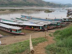 Porto fluviale, trianagolo d'oro, Laos