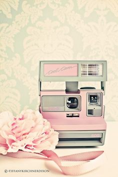 vintage camera #girly #pink <3 For tips and advice on trends and fashion, Visit www.makeupbymisscee.com