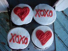 Valentine Day Cupcake Love