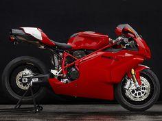 Ducati Superbike 749R (2005) - 2ri.de