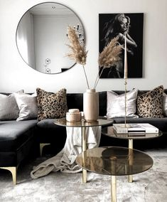 Before & After: A living room of the shoots forwardDramatic living room before and afterBlack and Gold Living Room havenlylivingroom Black and Gold Living Room esszim .black and gold living room havenlylivingroom black and Small Living Room Design, Colourful Living Room, Living Room Designs, Living Room Decor, Decor Room, Mod Living Room, Room Art, Cozy Living, Bedroom Decor