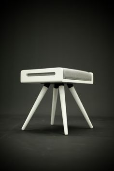 Stool / Seat / Ottoman / bench in white lacquer and by Habitables