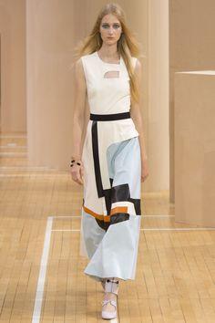 Roksanda Spring 2016 Ready-to-Wear Collection Photos - Vogue  http://www.vogue.com/fashion-shows/spring-2016-ready-to-wear/roksanda/slideshow/collection#4