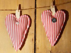 Sweet idea for Valentine's Day. Great project for Mom with girls!