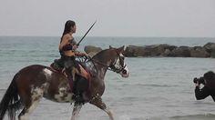 Video Backstage Naevia a cavallo Spartacus Style by Annathetekken