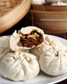 To Food with Love: Barbecue Chicken Pau (Chinese Steamed Buns) Great Recipes, Favorite Recipes, Malaysian Cuisine, Asian Recipes, Asian Foods, Chinese Recipes, Filipino Recipes, Steamed Buns, Tailgate Food