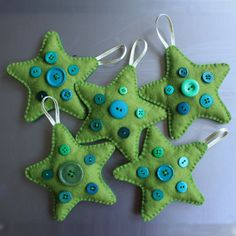 Astounding Pink And Green Christmas Tree Decorations: Home Interiors Gifts Inc Lime Green Christmas Decorations Beautiful Homes Decorated For Christmas Home Depot Holiday. Handmade Christmas Tree, Handmade Christmas Decorations, Felt Decorations, Felt Christmas Ornaments, Christmas Fun, Button Ornaments, Homemade Decorations, Button Decorations, Christmas Buttons