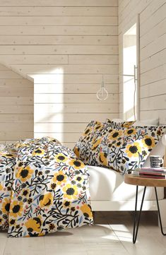 The exuberant set is representative of the joyful, splashy graphics and inventive textiles that embody the elevated everyday aesthetic of Finnish Modern design. Small Cabin Interiors, New Room, Modern Interior Design, Home Decor Inspiration, Decor Ideas, Comforter Sets, Luxury Bedding, Duvet Covers, Comforters