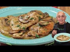 Hello Everybody! Today I am sharing with you my delicious Chicken Marsala recipe! Creamy mushroom sauce, tasty Marsala and tender chicken come together to make this flavorful Chicken Marsala recipe. Italian Chef, Italian Dishes, Italian Recipes, Italian Foods, Chicken Flavors, Chicken Recipes, Recipe Chicken, Turkey Recipes, Dinner Recipes
