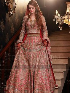 This post features designer Pakistani bridal dresses 2020 for barat day, walima, mehndi ceremony and wedding parties in the latest styles. Pakistani Wedding Outfits, Indian Bridal Outfits, Indian Bridal Fashion, Indian Bridal Wear, Pakistani Wedding Dresses, Indian Dresses, Eid Dresses, Lehenga Designs, Indian Bridal Photos