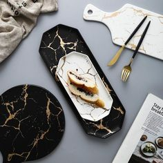 European White Black Golden Ceramic Dishes And Plate Pizza Dessert Steak Dinner Set Porcelain Tableware Decorative Food Tray-in Dishes & Plates from Home & Garden on AliExpress Kitchen Plates Set, Kitchen Decor, Kitchen Sets, Black And White Marble, Gold Marble, Vase Deco, Dessert Pizza, Food Trays, Kitchen Collection