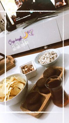 Sadece kahve değil merak etmeyin çay da içiyoruz 😂 Sorbet Ice Cream, Snap Food, Creative Instagram Stories, Instagram Story, Food Snapchat, Coffee Photography, Insta Photo Ideas, Purple Aesthetic, Coffee Cafe