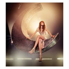 An image of Florence + the Machine ❤ liked on Polyvore featuring people, backgrounds, florence, music and pictures