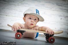 fotografia rodzinna » Michał Czajka Fotografia Wooden Toys, Children, Kids, Skateboard, Baby Strollers, Wooden Toy Plans, Young Children, Young Children, Skateboarding