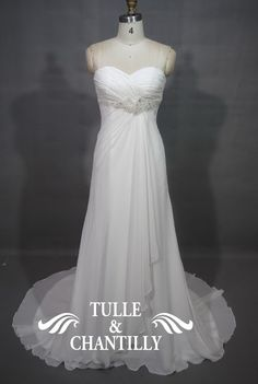 images/Classic-Floor-Length-Chiffon-Layered-Bridal-Gowns-p-TBQW069.jpg