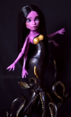 UNNiEDOLLS (Queen of the Seas ~ OOAK Custom Monster High doll:...)