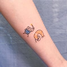 Books adventure time tattoo small, adventure time wal… – tattoos for women meaningful Doodle Tattoo, Kritzelei Tattoo, Arrow Tattoo, Get A Tattoo, Tattoo Time, Mini Tattoos, Body Art Tattoos, Small Tattoos, Sleeve Tattoos