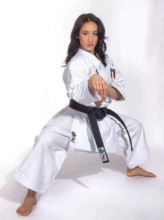 Female Martial Artists, Martial Arts Women, Strong Women, Fit Women, Marshal Arts, Shotokan Karate, Karate Girl, Girl Fights, Body Reference