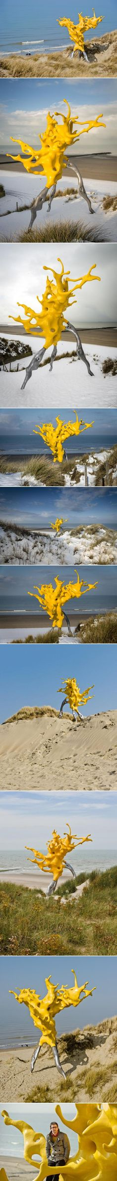 Artist Nick Ervinck created this sculpture work using computeraided designs. The work is not clearly defined but points in different directions. The imagery used is clearly inspired by macro photographic images of splashing water, and thus sculpturally interprets the encounter between nature and technology. http://en.51artwork.com/nick-ervinck-olnetop/
