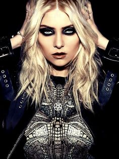 Wow, those eyes. Taylor Momsen of The Pretty Reckless.