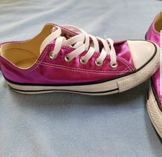 Converse All Stars Womens Size 6 Hot Pink metallic Chuck Taylor Low Top  Sneakers  fashion 331d63d03