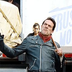 Negan 7x16 'The First Day of the Rest of Your Life' [gif]