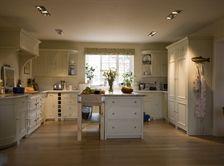 Neptune Chichester kitchen Kit Stone. (Spaniel kitchen)