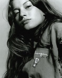 "i-D December 1998 ""A Girl Named Gisele"" photographed by David Sims"
