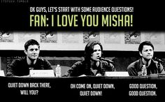 Jensen Ackles, Jared Padalecki and Misha Collins. We all love Misha Collins. Jensen Ackles, Jensen And Misha, Sam Dean, Dean Castiel, Sam Winchester, Familia Winchester, Winchester Brothers, Misha Collins, Jared Padalecki