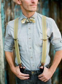 Suspenders and a bow tie for the groom? Yes, please!