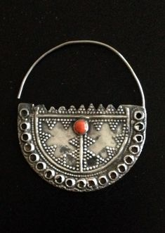 Egypt | Bedouin silver nose ring | ©Jose M Pery