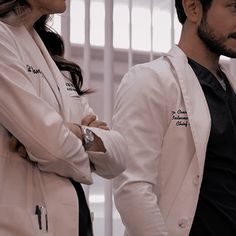 Medical Students, Medical School, Dr Evans, Doctor Who Meme, Nurse Aesthetic, Medical Wallpaper, Medicine Student, Becoming A Doctor, School Motivation