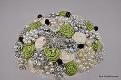 Custom Julia Couture in progress! #wedding #bouquet