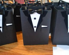 Wedding gifts for bridal party groomsmen be my groomsman 32 ideas Homemade Wedding Favors, Wedding Favors Cheap, Beach Wedding Favors, Wedding Gifts For Bride And Groom, Gifts For Wedding Party, Bride Gifts, Wedding Cake, Groomsmen Gift Bags, Groomsmen Proposal
