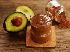 Avokado-raakakaakaosmoothie Chocolate Fondue, Smoothies, Pudding, Eat, Cooking, Desserts, Food, Smoothie, Kitchen