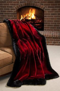 Winter Palace Sheared Beaver Fur Blanket x 88 Queen) – 2019 - Blanket Diy Boho Living Room, Living Room Carpet, Bedroom Carpet, Fluffy Blankets, Cozy Blankets, Faux Fur Bedding, Fur Decor, Wall Decor, Room Decor