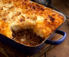 Try our delicious lamb shepherd's pie recipe using lamb mince sourced from small Dorset farms. Order a meat box online. Potato Recipes, Pie Recipes, Cooking Recipes, Shepherd's Pie, Sheppard Pie, Quiche, Cottage Pie, Tacos, Dairy Free