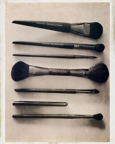 I'm loving these  @makeupforeverofficial brushes. #WorthSharingTuesday