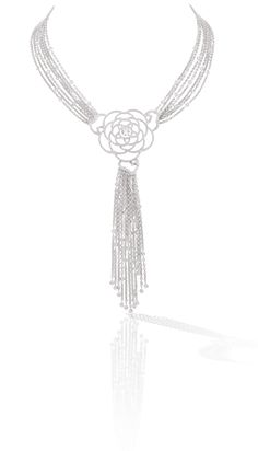 gorgeous Camélia necklace in 18k white gold and diamonds. CAMÉLIA CHANEL
