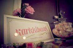 Sweets buffet at weddings. Karkkibuffet häissä. Karkkibuffa.