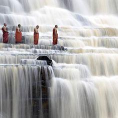 Hoe mooi en rustige zijn deze meerdere watervallen?