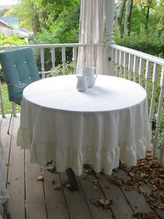 Vintage Tablecloth Round Tablecloth Ruffled by mailordervintage, $12.10