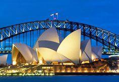 Sydney Opera House (© © Peter Adams Photography Ltd/Alamy)