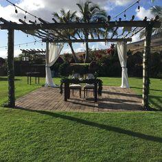 Boutique Maui Wedding venue offers a unique built in dance floor with cabana lighting overhead. http://amauiweddingday.com