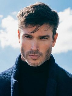 messy short mens hairstyles which really are great looking. Handsome Men Quotes, Handsome Arab Men, Beautiful Men Faces, Gorgeous Men, Hair And Beard Styles, Hair Styles, Hommes Sexy, Male Face, Attractive Men