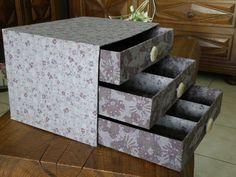 Cartonnage on pinterest atelier bricolage and chest of drawers - Comment faire une boite en carton facile ...
