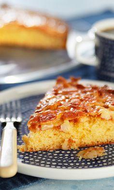 Toscakakku | Maku Sweet Life, Banana Bread, Cake Recipes, French Toast, Breakfast, Desserts, Crafts, Cakes, Sweetie Cake
